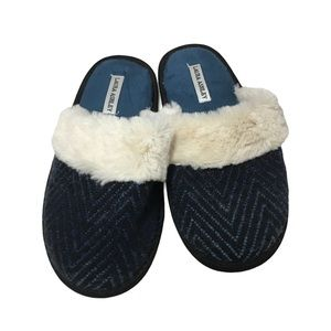 Laura Ashley Blue Faux Fur Slippers M (6.5-7.5)